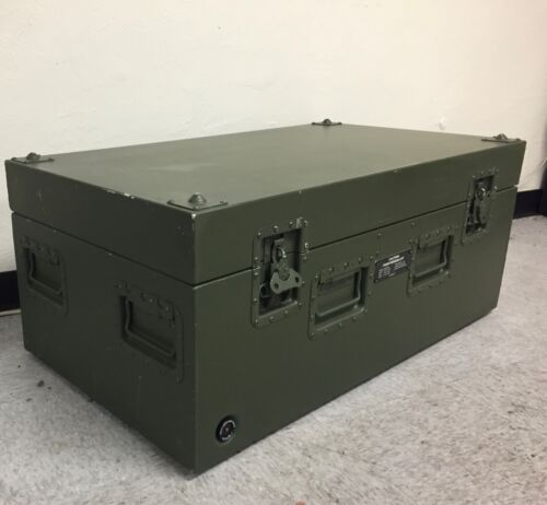 """Aluminum Storage Case with Breather Valve Military 39"""" x 22"""" x 16"""" LockableBoxes & Chests - 165616"""