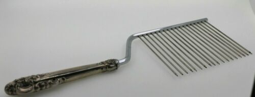 Wallace Sterling Silver Grande Baroque Cake Cutter/Server