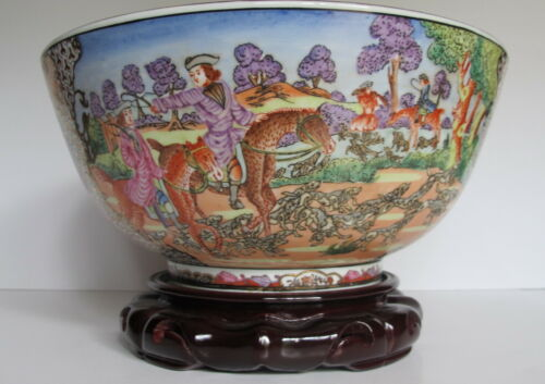 """20th Century Chinese Repoduction Hunt Scene Punch Bowl 12"""" wide w/Stand"""