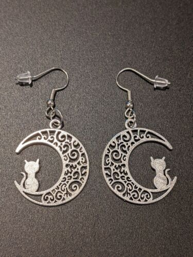 Crescent Moon Cat Sailor Moon Gothic Witch Alternative Earrings