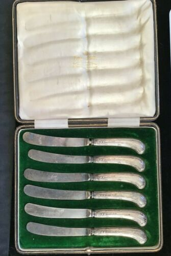 Antique Sterling Silver fish knives in box SHEFFIELD M&W  SILVERSMITHS 1913