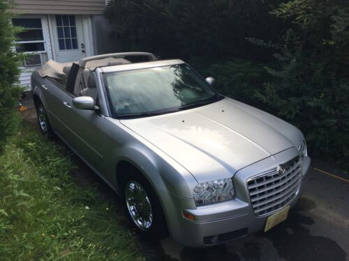 2005 Chrysler 300 Limited Convertible 2005 Chrysler 300 Sedan Grey RWD Automatic Limited Convertible