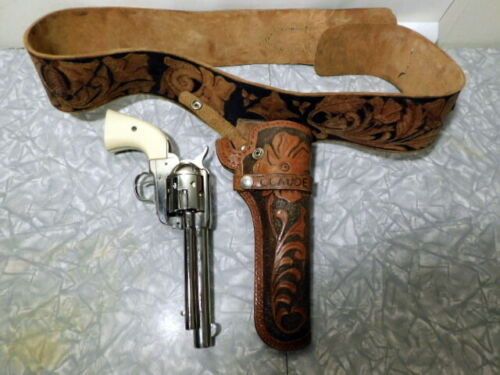 replica single shot cavalry pistol, shipping only within Canada