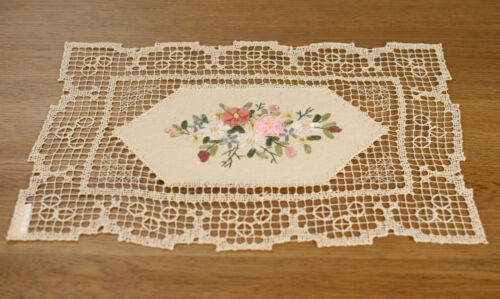 Lace Runner Handmade Organza Ribbon Embroidery Home Decor 44cms BRAND NEW