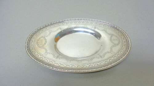 ANTIQUE MOUNT VERNON STERLING SILVER SMALL OVAL TRAY, ENGRAVED DECORATION