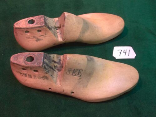 VINTAGE PAIR Wood Wooden Size 8 EE CAMPUS Shoe Factory Last Mold W/stripe  #741