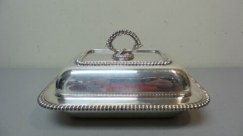 CLASSIC ANTIQUE AMERICAN E.G. WEBSTER SILVER PLATE COVERED ENTREE DISH