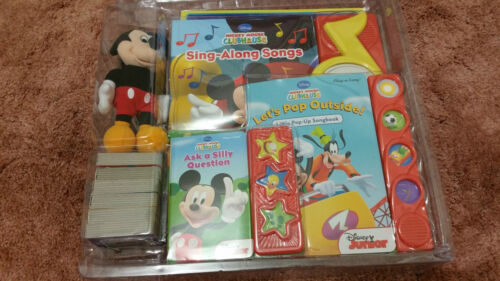 Disney Mickey Mouse Club House: Deluxe Read And Play Gift Set 12 Books. Box dent