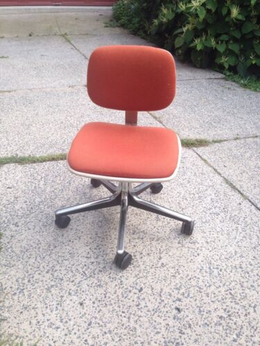 Cool Vintage MCM Mod 70's GF Business Equipment Adjustable Height Desk Chair
