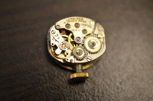 Watch movement LONGINES 13.15v pour pièces / for parts - Runs ! - working !