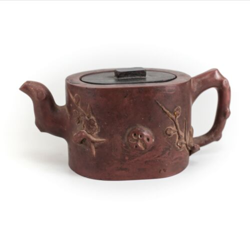 Handmade Yixing clay teapot, Stoneware Pottery, handcarved wood lid 19th Century