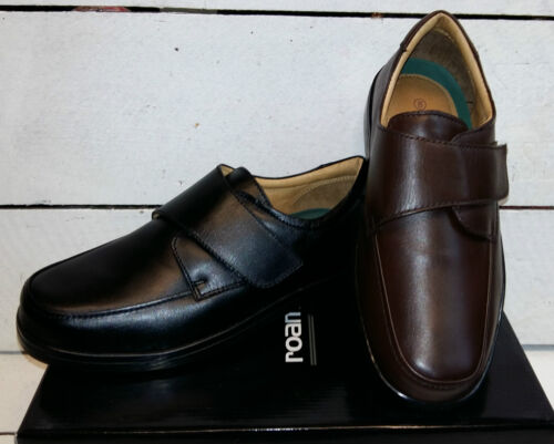 Men's Roamer Wide Fit Leather Hook and loop Shoes