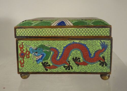 Antique Vintage Chinese Cloisonne Box Dragons Flaming Pearl Republic Period Gree