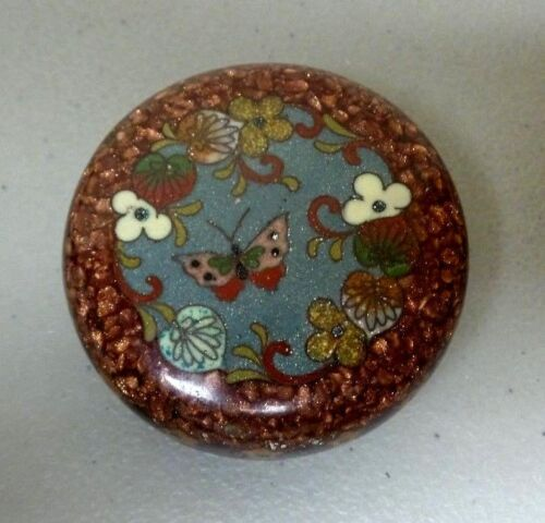 19th C. JAPANESE CLOISONNE MINIATURE ROUND LIDDED BOX, COPPER MICA DECORATION