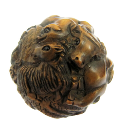 1.5-inch Hand Carved Boxwood Netsuke Chinese 12-Zodiac Animal Ball Lively Gadge