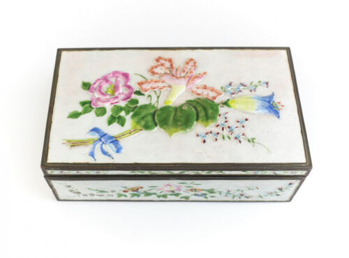Chinese Silver and Enamel Cigar / Tobacco Box early 20th Century, floral