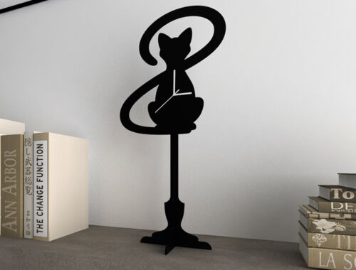 Cat With Big Tail - Silhouette Table Clock