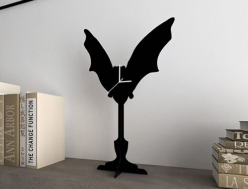 Halloween Bat Silhouette - Silhouette Table Clock