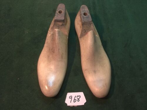 Vintage  Pair US NAVY Shoe Lasts  Size 10 C STERLING Factory Mold #968