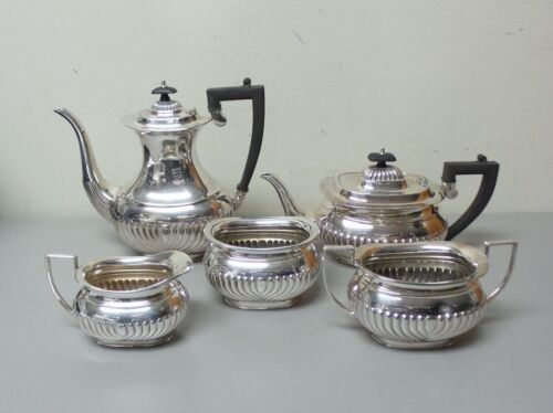 GORGEOUS 5-PC. EDWARDIAN SHEFFIELD SILVER PLATE TEA / COFFEE SET, c. 1900-10