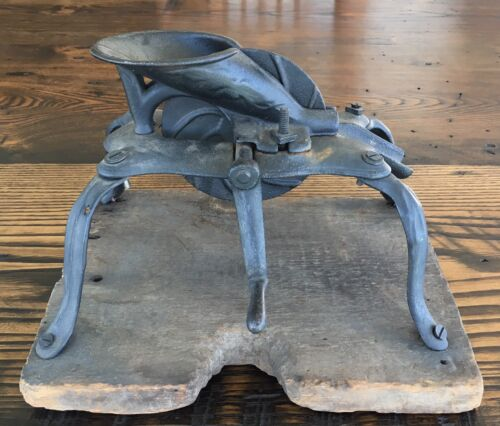 Antique Cast Iron CHERRY PITTER Stoner w/ SPIDER LEGS