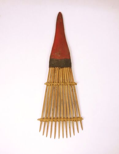 Large Early 20th Century Hair Comb From the Admiralty Islands