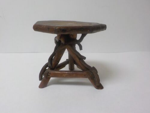 """Vintage Hand Crafted 5.5"""" Doll's Country / Primitive TWIG Occasional Table (#3)"""