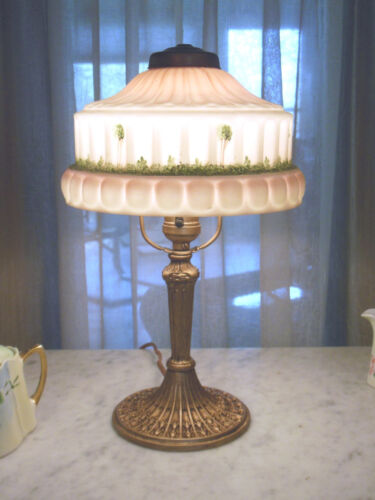 ANTIQUE PITTSBURGH OBVERSE PAINTED NOT REVERSE PAINTED BOUDOIR LAMP