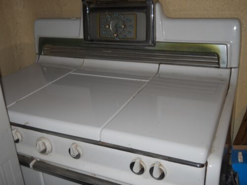 "Vintage-- Kenmore Gas Stove with Middle Grill 40""wide  PICK UP LOCAL ONLY"