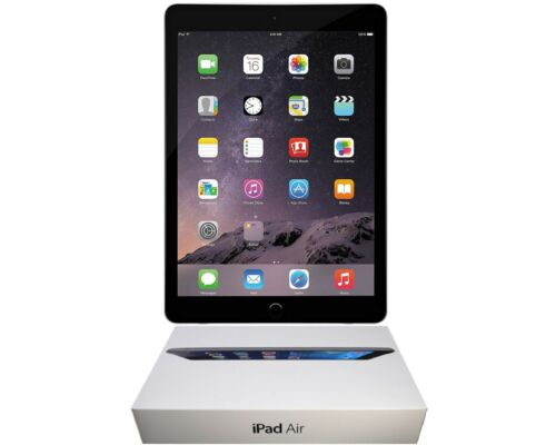 Apple iPad 4 Bundle, 32GB, Wi-Fi Only, 9.7-inch, Black, and Free 2-Day Shipping
