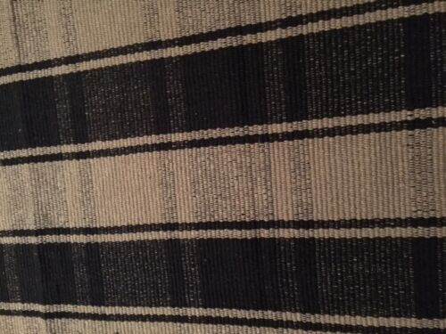Primitive Black and Tan  Rug  5' x 8' Cabin Cottage WASHABLE LAST ONE