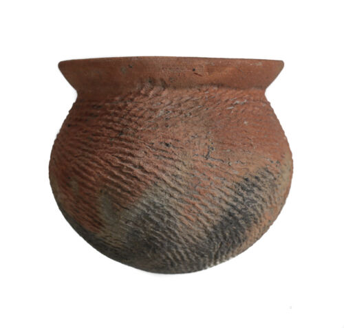 Archaic Ban Chiang Pottery Jar, Thailand, Red earthenware with incised designs