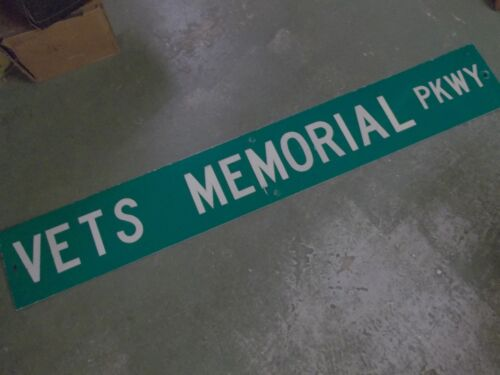 "LARGE Original VETS MEMORIAL PKWY Street Sign 60"" X 9""  White on Green"