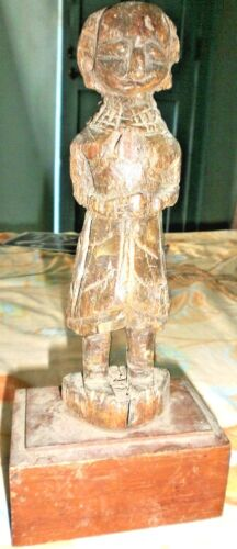 VINTAGE DOLL FIGURE PUTALI WOODEN CARVED HAND MADE INDIAN ART RARE COLLECTIBLES