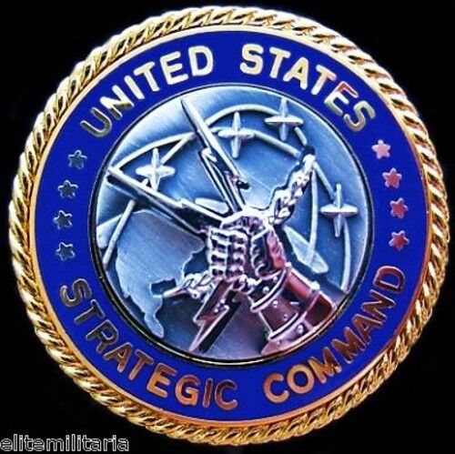 U.S. STRATEGIC COMMAND NUCLEAR MISSILE DEFENSE SHIEL IDENTIFICATION BADGE MEDAL 1961 - 1975 (Vietnam) - 36060