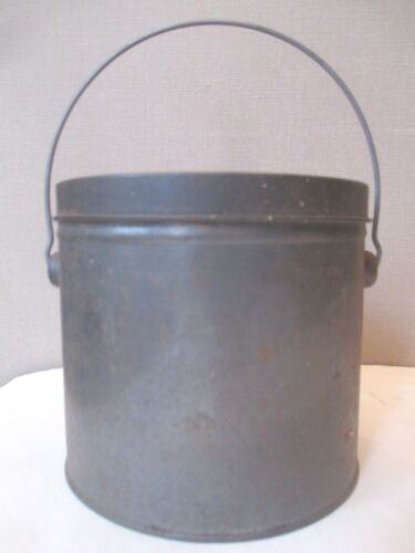 ANTIQUE tin towle  MILK CAN  -  LUNCH PAIL bail handle DAIRY FARM collectible