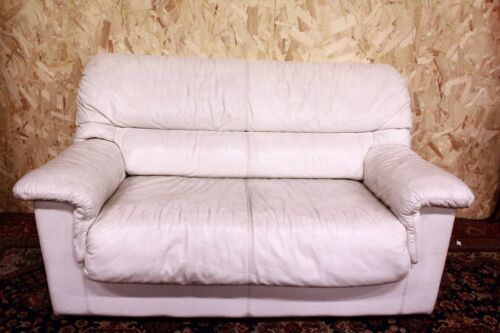 Divano 2 posti in pelle bianca XX sec. Sofa white leather