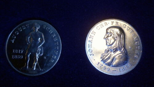 DDR two Olympic Commemorative coin Medals , dated 1979, in original boxOther Militaria - 135