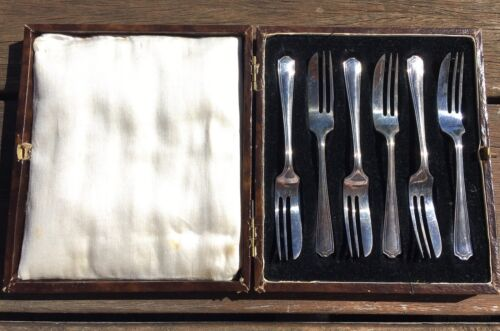 Antique Silver Plated Cake Forks in Original Box MARTIN HALL