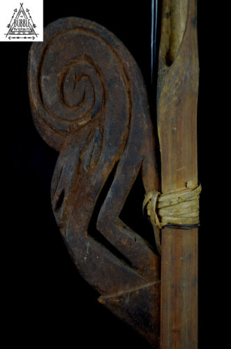 Stunning Carved Spear Thrower w Hornbill Carving, Sepik, Papua New Guinea, PNG