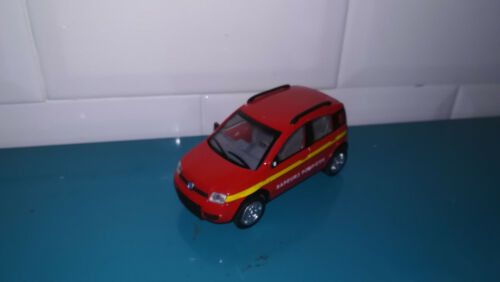 25.08.19.2 Voiture 1/43 new ray fiat panda 4x4 sapeurs pompiers