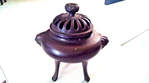 ANTIQUE CHINESE BRONZE INCENSE BURNER WITH CAVER & 2 LION HANDLE