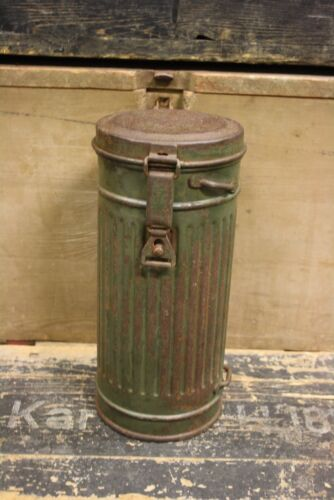 WW2 German Original Wehrmacht Gas Mask Cannister Container Box Personal, Field Gear - 36049