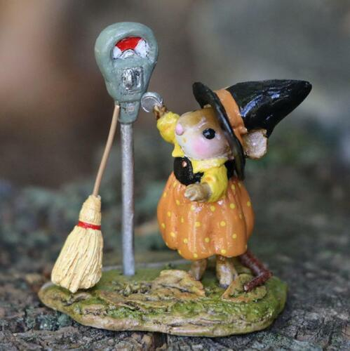 Wee Forest Folk Halloween M-677 - Parking for a Spell