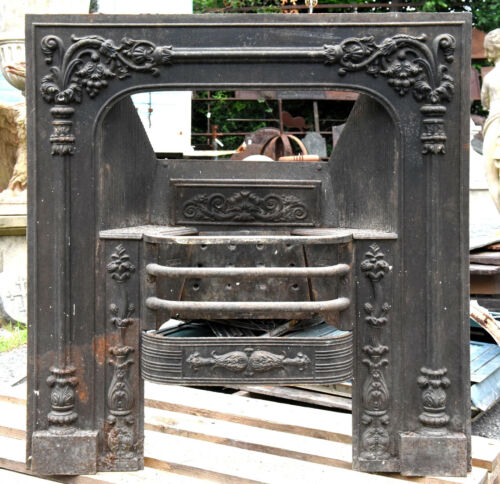Controcuore ghisa antico Lucchese - Ancient Cast iron fireplace Lucca 12101
