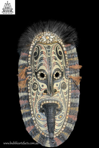 Stunning Vintage Carved Tambanum Demon Spirit Mask, PNG, Papua New Guinea