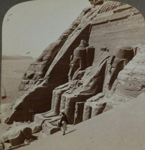 Underwood Stereoview LOOKING UP THE RIVER ACROSS FRONT ABU SIMBEL TEMPLE; EGYPT