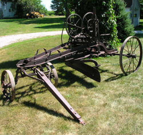 Antique Road Grader Western Wheeled Scraper Co horse drawn Old Iron Drag Vintage