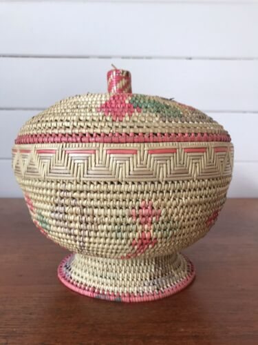 Vintage Oceania Pacific Islands Woven Footed Lidded Basket