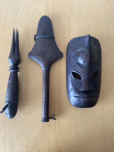 FIJIAN TURTLE HEAD CARVED WOODEN TRIBAL MASK & 2 CARVED TOOLS/WEAPONS